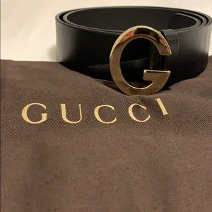 "Gucci ""G"" Belt in Black"